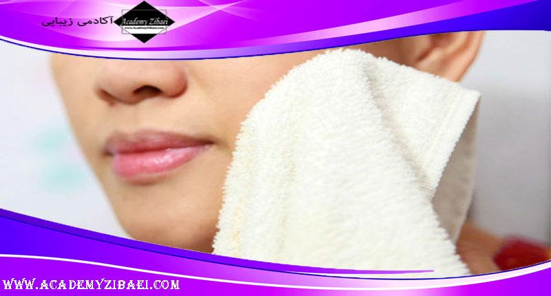 آیا خشک کردن صورت به کمک حوله مضر است؟