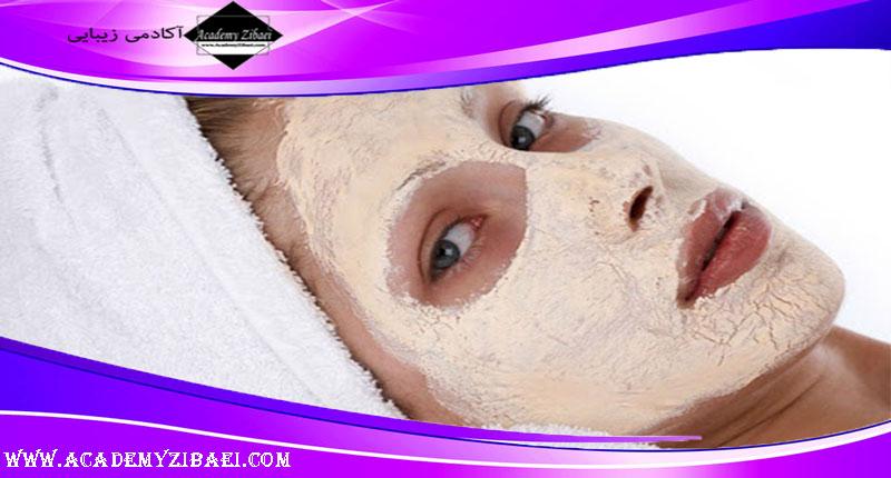 نحوه استفاده از ضد آفتاب هنگام آرایش کردن